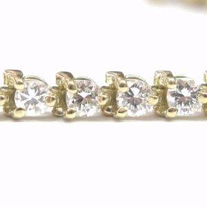 Jewelry - Fine Three-Prong Round Cut Diamond Tennis Bracelet